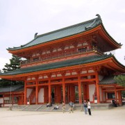 The gate of Heian-jingu (a shrine).